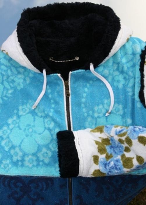 himmelsblau-kapuze